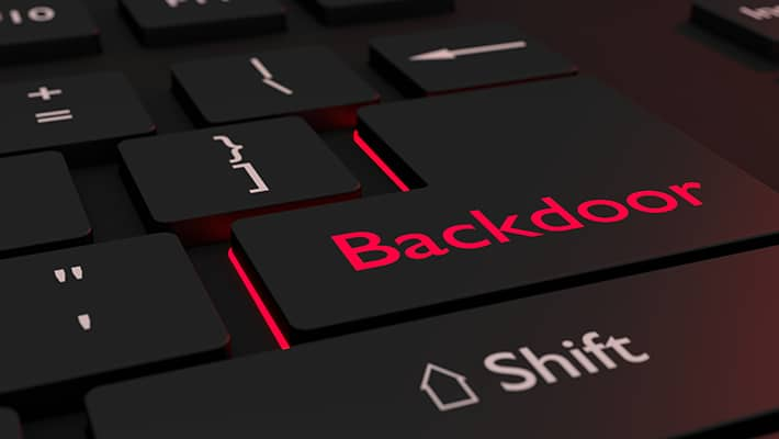 """Über sogenannte """"Backdoors"""" können unbemerkt Schädlinge auf den PC geladen werden."""