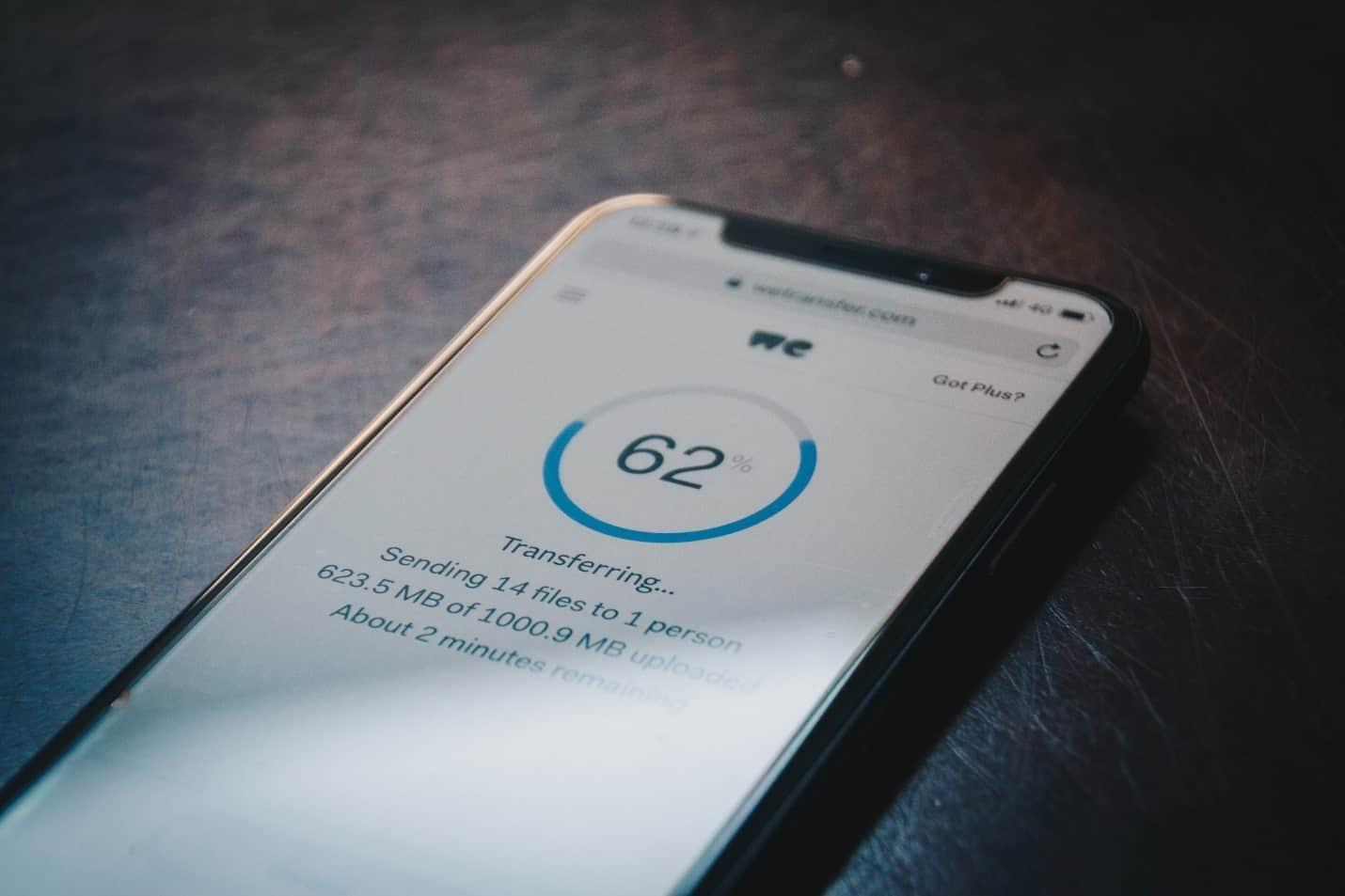 wie mobile Scams Ihre persönlichen Daten stehlen
