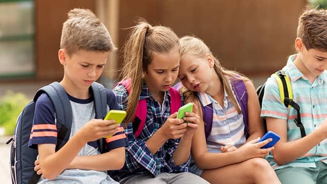 Kinder benötigen besonderen Schutz im Internet.